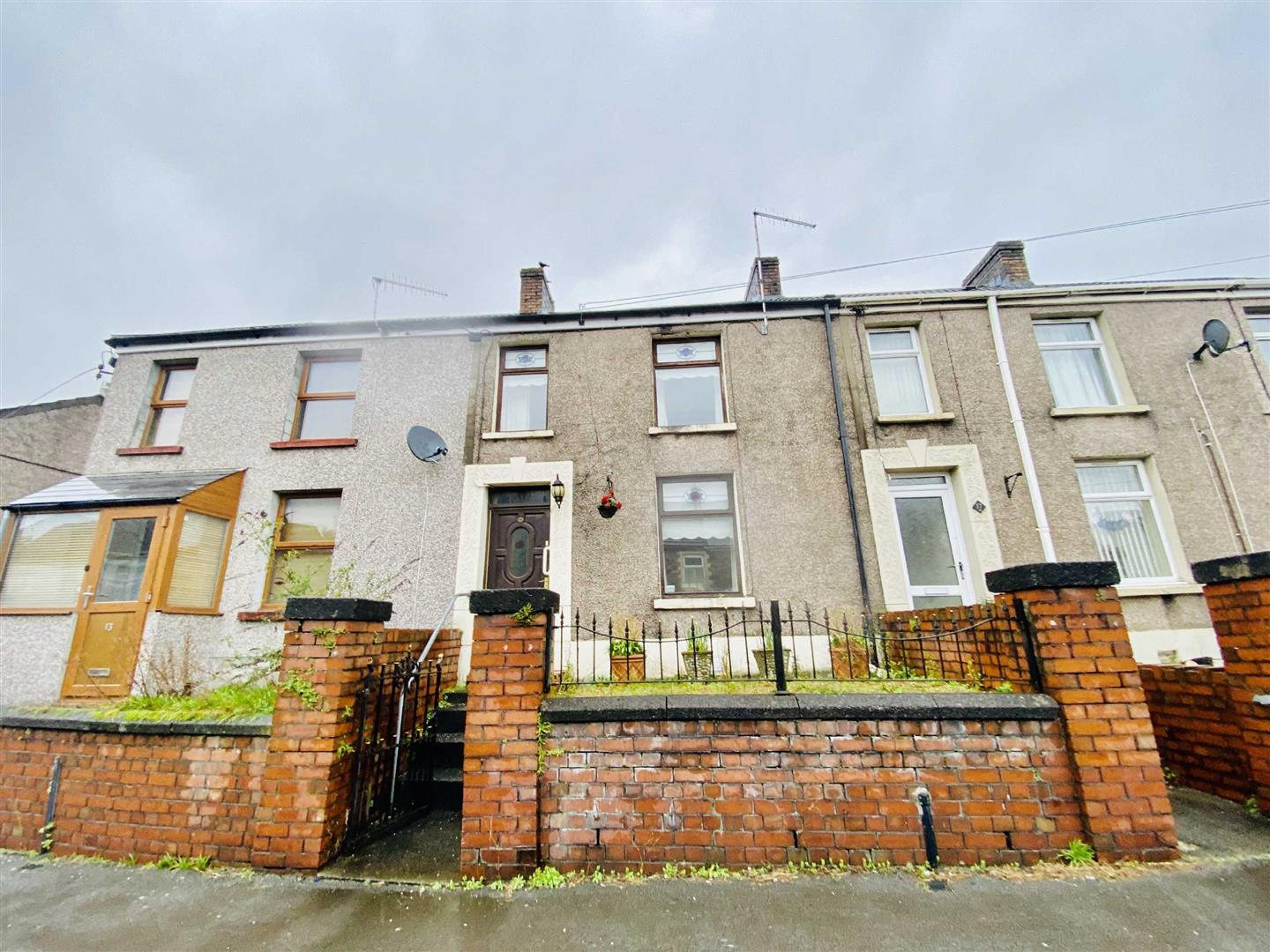 Sterry Road, Gowerton, Swansea, SA4 3BS